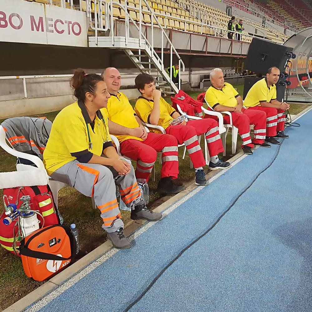 Легендарниот фудбалски натпревар Македонија – Словенија со медицинска поддршка од Болница Неуромедика